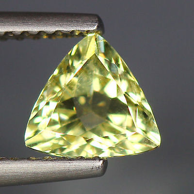 0.80 Cts_Wow Unbelivable Brazilian Gemstone_100 % Natural Heliodore Yellow Beryl