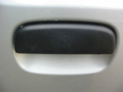 suzuki alto drivers side front outer door handle brand new