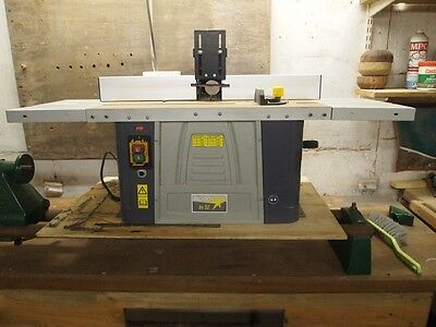 """Woodstar Router Table Hardly Used 1/4"""" and 1/2"""" collets"""