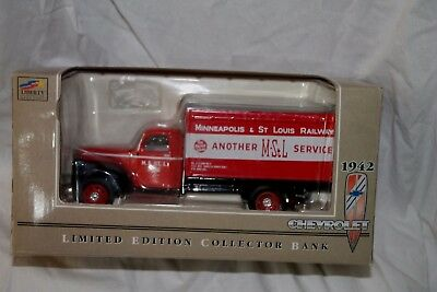 Minneapolis & St Louis 1942 Chevrolet 1 1/2 Ton Truck Limited Ed Collector Bank
