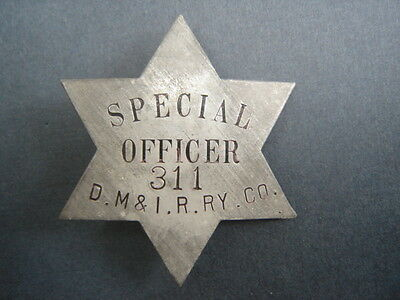 D. M. & I.R. RY. Co. Special Police Railroad Badge