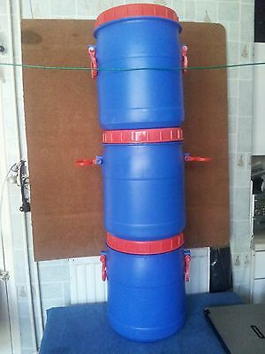 Blue  and red Water Butt Plastic Drum/Barrel. 20ltr