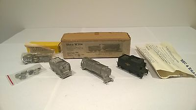 Bec TT 3mm Guage Bulleid Q1 0-6-0 Steam Locomotive kit with 2nd Triang Tender