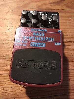 Behringer BSY 600 Bass Synth Guitar Pedal