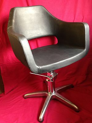 Barber's Hairdresser's Salon Chair with Hydraulic Lift & Swivel. RotherhaCollect