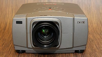 Eiki Lc-X1100 4100 Lumen Hd Xga Lcd Portable Media Projector - Works Perfect