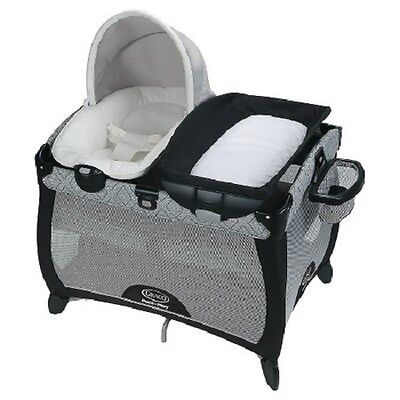 Graco Pack 'n Play Playard Quick Connect Portable Napper with Bassinet - ASHER