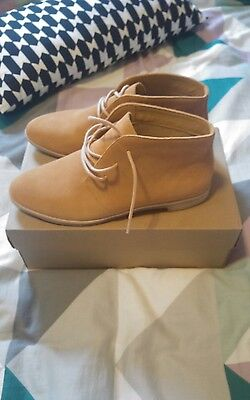 Clarks Womens Size 8 Leather Boots BRAND NEW IN BOX RRP $169.95