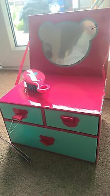 DESIGNA BEAR CHAD VALLEY DRESSING TABLE -DRAWERS NEW with brush