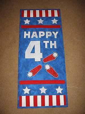 Happy 4th July handcrafted quilt wall hanging red white blue applique 100%cotton
