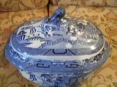 Victorian Large Willow Pattern Tureen