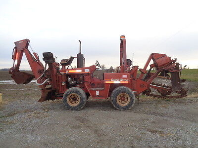 Ditch Witch 5110 DD trencher backhoe vibratory plow bore bar attachment