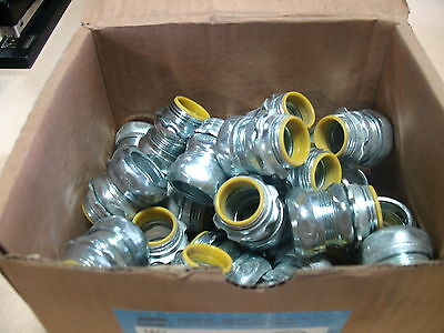 """NEW Cooper Crouse-Hinds 1651 Compression Type box Connector 3/4"""" Box of 25"""