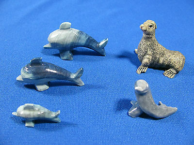 Lot Of Miniature Marine Animals – 3 Dolphins And 2 Seals