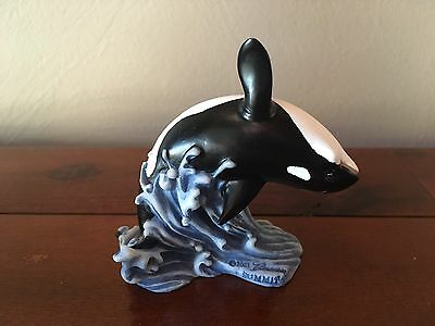 Beautiful Killer Whale Figurine by Summit 2003 Signed