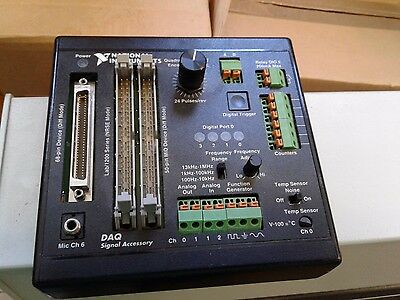 National Instruments  DAQ Signal Accessory 183554C-01 Fuction Generator