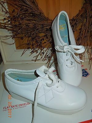 NEW! NURSE MATES 282771 Oxford Lace up Professional  White Leather size 9 M New