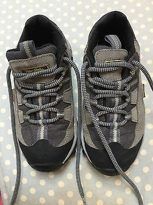 Boys Peter Storm Grey Walking Shoes Size 1