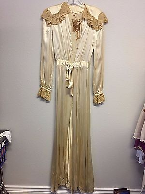 Vintage Ivory Satin Lace 30's 40's Wedding Robe Old Hollywood
