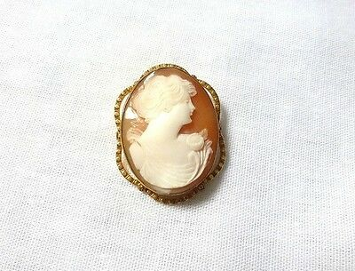 VINTAGE carved SHELL CAMEO gold tone BROOCH pin