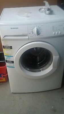 SIMPSON 7kg FRONT LOAD WASHING MACHINE