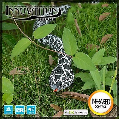 Remote Control Snake Rattlesnake Animal Trick Terrifying Mischief Toy Black