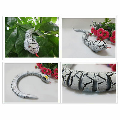 Remote Control Snake Rattlesnake Animal Trick Terrifying Mischief Toy White