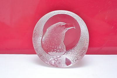 Stunning Mats Jonasson Swedish Heavy full lead crystal glass Eagle  paperweight