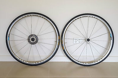SHIMANO ROAD BIKE WHEELS in Exc Cond