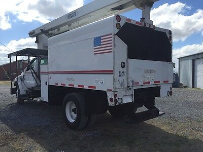 2006 Ford F750 Chipper Bed Bucket Truck Low Miles