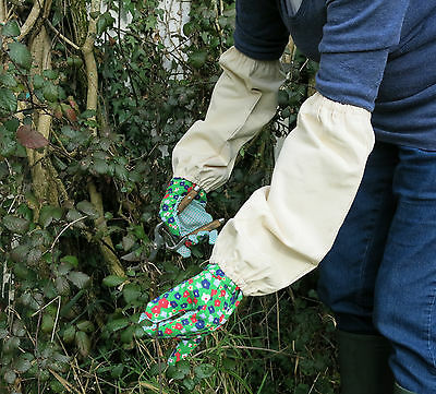 Gardners Pruning Gauntlets Nettle and Thorn Protector for Wrists and Arms
