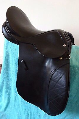 """carousel black leather wide fit pony saddle  15 1/2 """""""