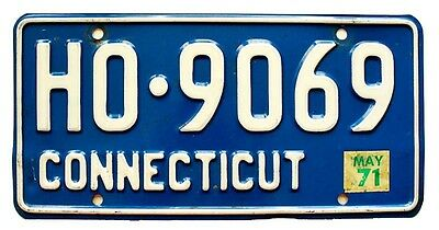 Blue Connecticut May 1971 License Plate HO-9069