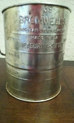 Vintage Bromwells Large Flour Sifter 3 Cup Dry Measure Retro Kitchen USA