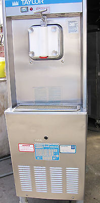 Taylor ice cream machine maker air cooled on casters Excellent condition