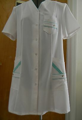 Medical Women's White Nursing Jacket Med Doctor Lab Coat M Size