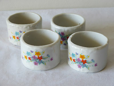 Mint! Pretty Set Of 4 Vintage Porcelain Napkin Rings With Flowers!