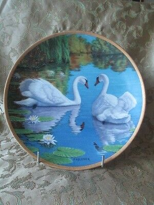 """Stunning Collector's Plate """"The Swan"""" Limited Edition - Make an Offer"""