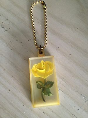 Lucite 40s or 1950s vintage yellow rose key chain