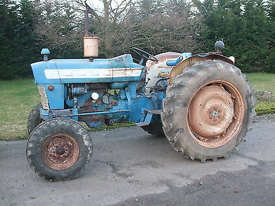 Ford 4000   2WD Tractor