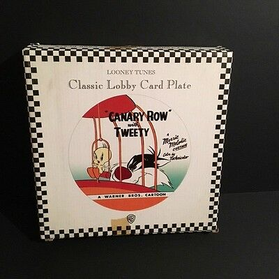"""Looney Tunes  Sylvester & Tweety """"canary Row"""" Decorative Collectors Plate 1994"""