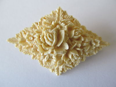 Vintage Chalk White Tone Of Created Floral Triangle Celluloid Plastic Brooch Pin