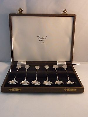 One boxed set of six vintage Australian sterling silver spoons by Sargison's.