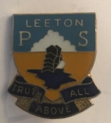SCHOOL Badge Pin  LEETON PS TRUTH ABOVE ALL