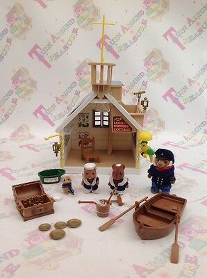 Sylvanian Families Tomy Vintage Lock Keepers Cottage Horatio Motley Crew RARE