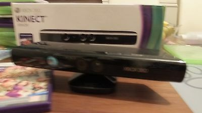 Kinect Sensor With Kinect Adventures Game Boxed - Xbox 360 - Free Postage