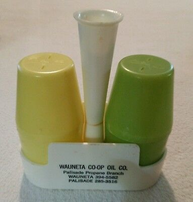Vintage Plastic Salt Pepper Shaker Set Oil Advertising