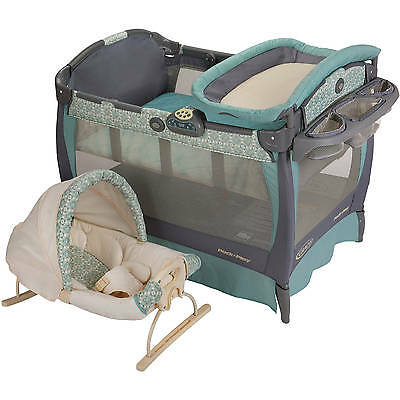 Graco Pack 'n Play Playard Bassinet Changer with Cuddle Cove WINSLET COLLECTION