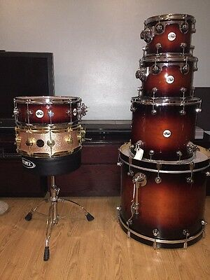 Dw Drum Kit With Cymbals Stand 2 Dw Snares!!��