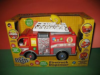 M&m Fire Truck Dispenser W/ladder - Firetruck - Brand New In Box !